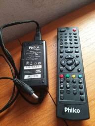 Vendo controle e fonte de ligar tv Philco ambos original