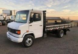Título do anúncio: Caminhão Mercedes 710 Completo