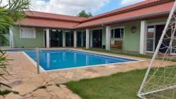 Título do anúncio: Fazenda/Sítio/Chácara para venda tem 320 metros quadrados com 5 quartos