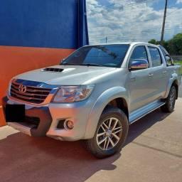 Toyota Hilux SRV 3.0 4X4 Diesel - (Automática)
