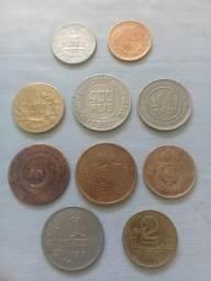 Vende-se moedas antigas todas por 500 reais