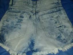 Desapego de Bermuda jeans cintura alta seminova