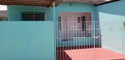 Casas e apartamentos na estrada da Batalha ao lado da estação de metrô Monte Guararapes