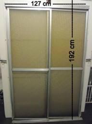 R$ 150 Box Acrílico Banheiro 1,92x1,27 cm
