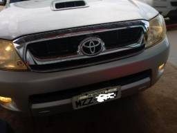 Toyota Hilux 3.0 SRV 4X4 - Manual - 2006