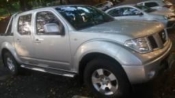 Venda de caminhonete Nissan Frontier - 2012