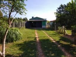 Velleda oferece ótima casa de 02 dorm, apenas 200m da RS040, local de moradores