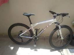 Bike GT avalanche sport aro 27.5