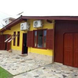 Casa a 50 metros da praia do Campeche - Florianópolis - SC