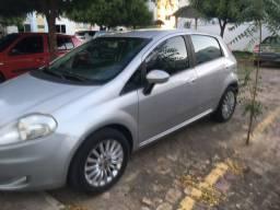 Fiat Punto 2010, completo com Blu&Me