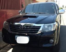 Hilux 2013 Extra Particular
