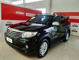 Toyota Hilux Sw4 SRV 4P