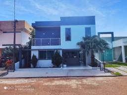Excelente casa no Condomínio Villa Tropical