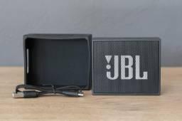 Caixa de Som Bluetooth JBL Go + Acessórios