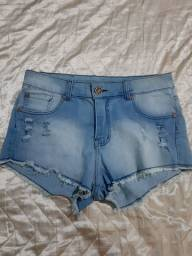 Short jeans claro.