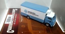 Revista Altaya c/ Miniatura caminhão Fnm D11000 Baú 1:43