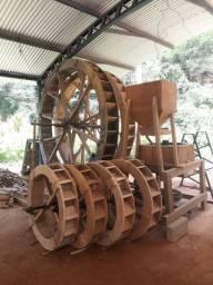 Rodas Dagua de madeira