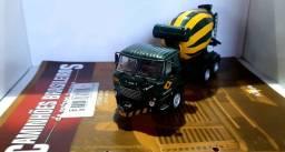 Revista Altaya c/ Miniatura caminhão Fnm 210 1:43