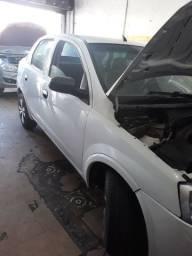 Vendo corsa sedan bem conservado, motor 1.8 com gás  instalado e regularizado.