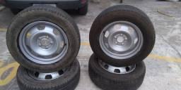Jogo de rodas com pneu