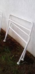 Apoio, alça para cadeirante, banheiro PNE usado