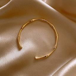 Título do anúncio: Pulseira Bracelete Feminino Folheado Ouro 18K