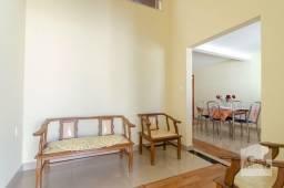 Título do anúncio: Casa à venda com 3 dormitórios em Alípio de melo, Belo horizonte cod:331183