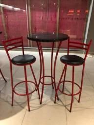Título do anúncio: Conjunto Bistrô (mesa + 2 cadeiras) vermelho e preto