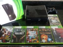 Título do anúncio: Xbox 360 PERFEITO EM BLACK PIANO NUNCA ABERTO na caixa