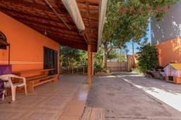 Casa à venda com 3 dormitórios em Cajuru, Curitiba cod:CA1364