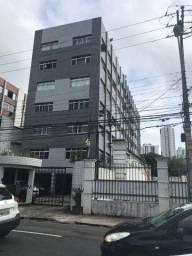 Título do anúncio: Apartamento Na Av, Rosa e silva 02 Quartos DCE Perto do Country