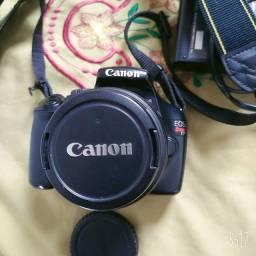 Título do anúncio: Canon EOS T3 Profissional