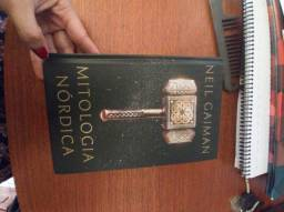 Título do anúncio: Livro mitologia nórdica - Neil Gaiman