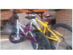 duas bicicletas infantil