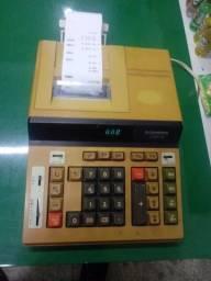 Maquina de somar antiga com bobina (calculadora)