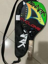 Título do anúncio: Raquete Beach Tenis Shark Cyclone