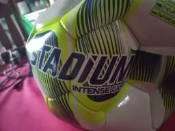 Bola de futebol 50 reais