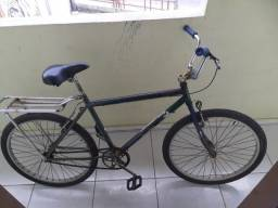 Título do anúncio: Bike usada, quadro antigo reforçado, foi gasto nela: sela, pedal, pneu traseiro e garupa.