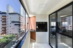 Apartamento no Centro, mobiliado, com 1 suíte + 2 dormitórios e 2 vagas de garagem