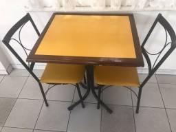 Título do anúncio: Conjunto de 35 Mesas e 70 cadeiras para restaurante (vendo avulso também)