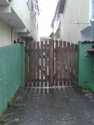 Título do anúncio: Casa de Veraneio Um Quarto a 150 m da Praia do Saco Mangaratiba 780,00