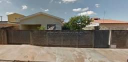 Casa à venda com 3 dormitórios em Jardim das rosas, Jaboticabal cod:V273