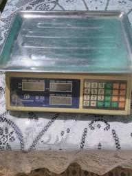 Vendo balanço eletrônica nova em ótimas condições