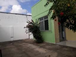 Montese - casa 90m² 2 quartos, 1 wc social, sala, cozinha,um vaga para carro (cod.554)