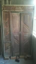 Vendo uma porta e seteira tudo por 2.000/ de Massaranduba