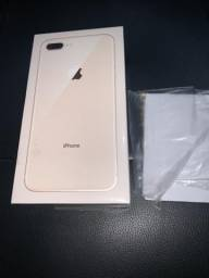 IPhone 8 Plus 64GB dourado lacrado