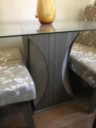 Mesa 4 cadeiras novíssima