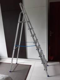 Escada para uso doméstico