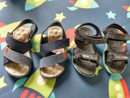 Vendo 2 pares de sandália infantis