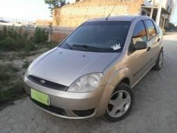 Ford fiesta 1.0 sedan - 2007